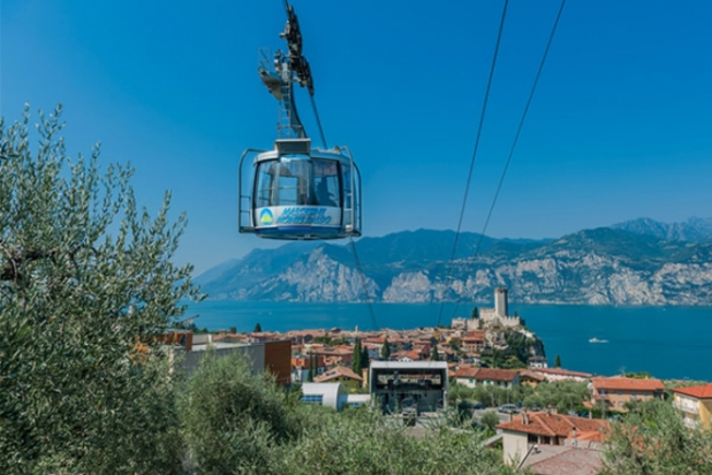 Activity holiday excursion on Monte Baldo cablecar