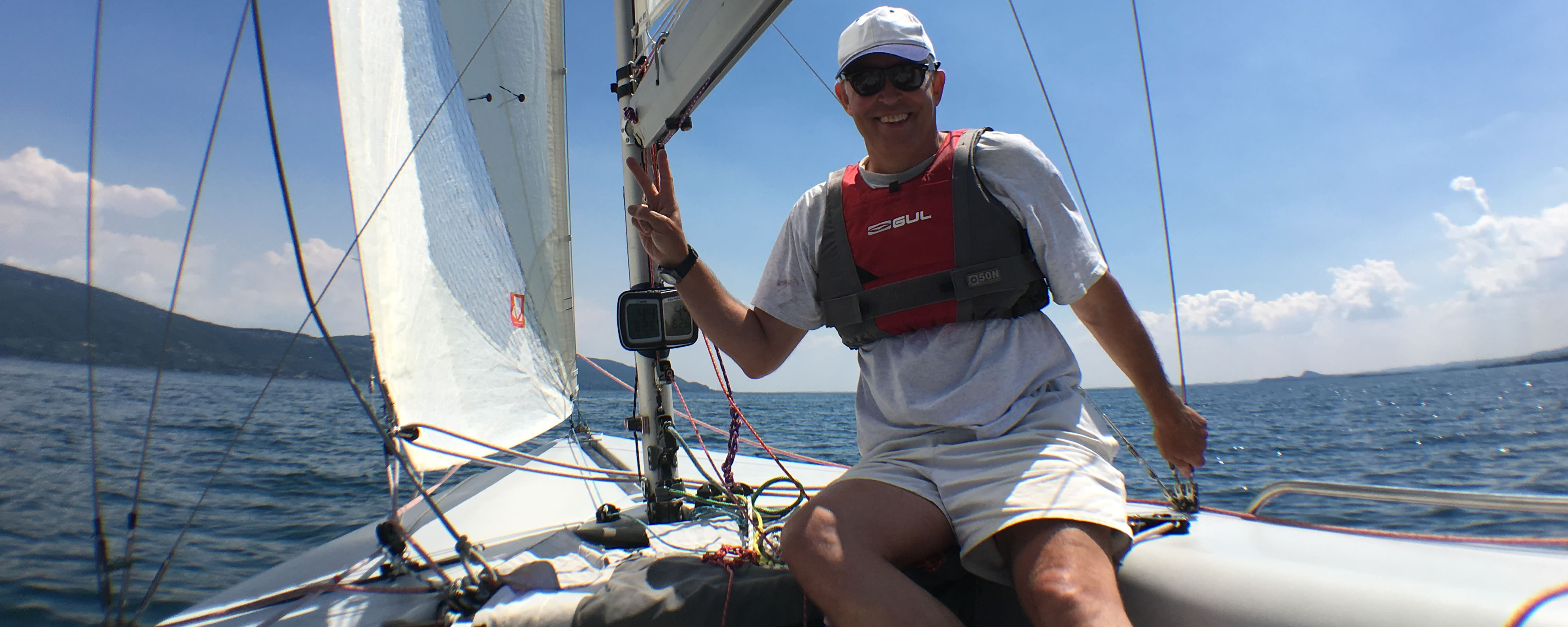 Sailing holiday keelboat course