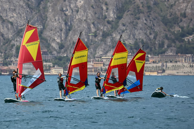 Windsurf course during activity holiday, Lake Garda