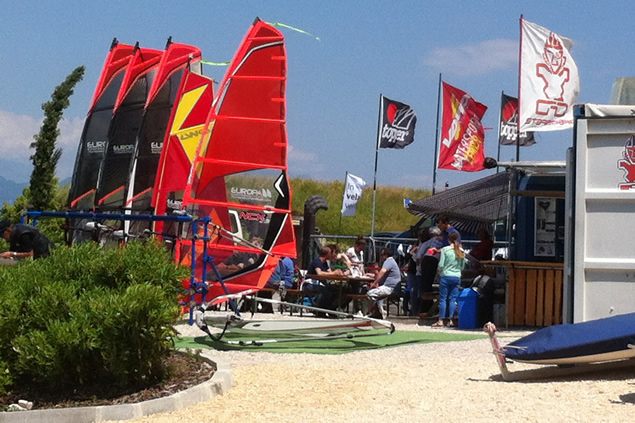 windsurf course equipment